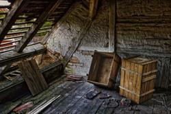 roof-540835_1920_edited