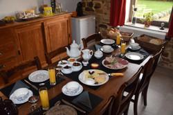 petit-déjeuner-la-haie-bolaine