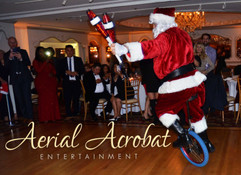 AAE Juggling Santa on Unicycle DSC_8651.