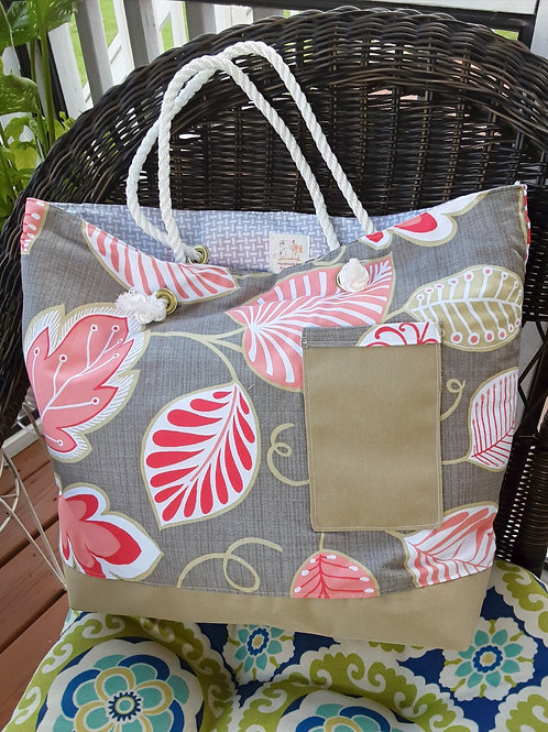 Elegant handbag with leaves