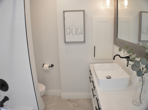 A SERENE MAIN BATHROOM REVEAL