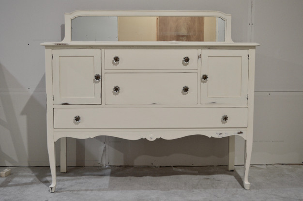 ONE ROOM CHALLENGE WEEK 3 | A DRESSER FIT FOR A PRINCESS