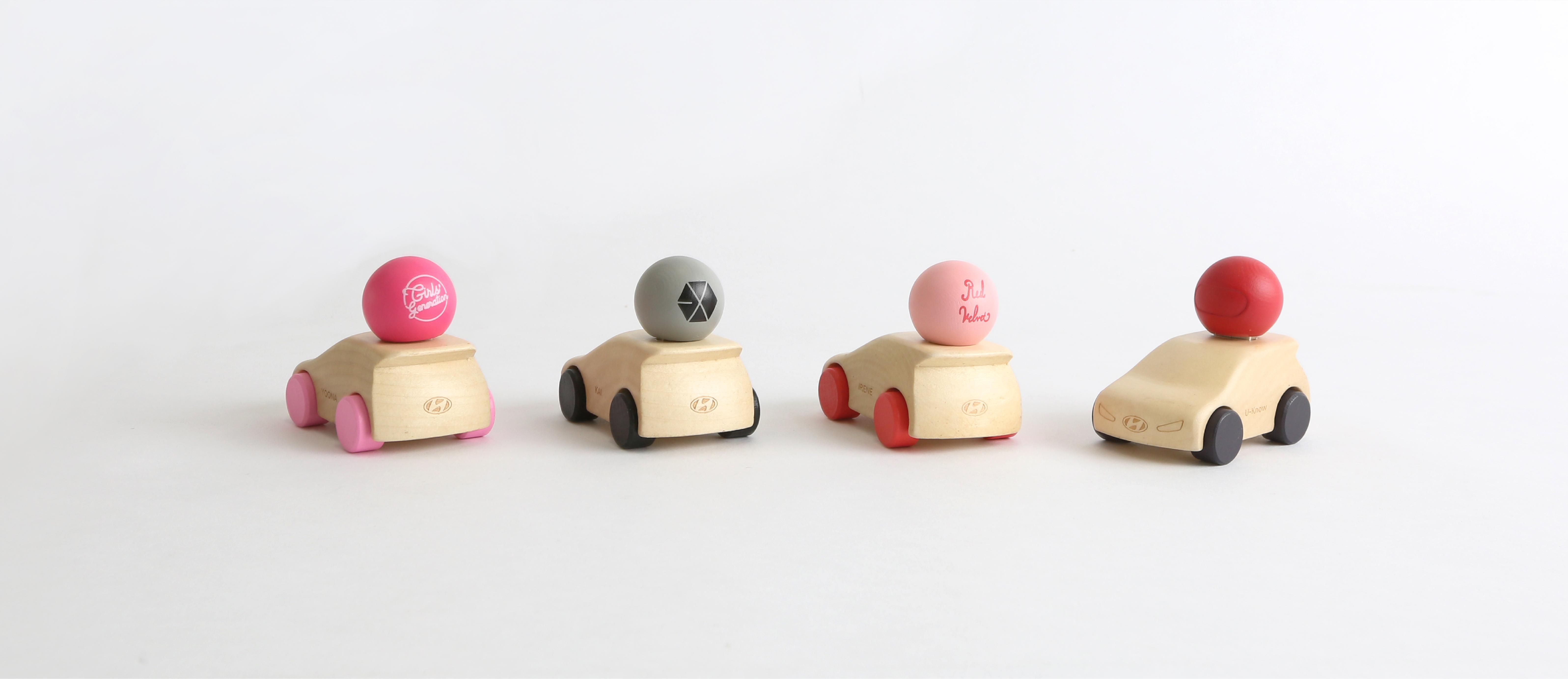TeamWeb_Creative_SM_toycar-01