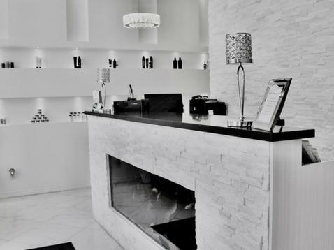 Take a virtual tour of our Salon