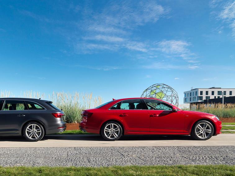 Audi A4 2015 019 crop.jpg