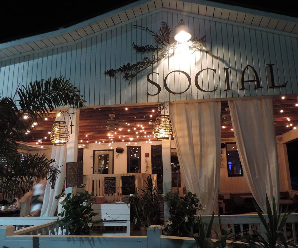 Tybee Island Social Club on Tybee Island. dining on tybee.