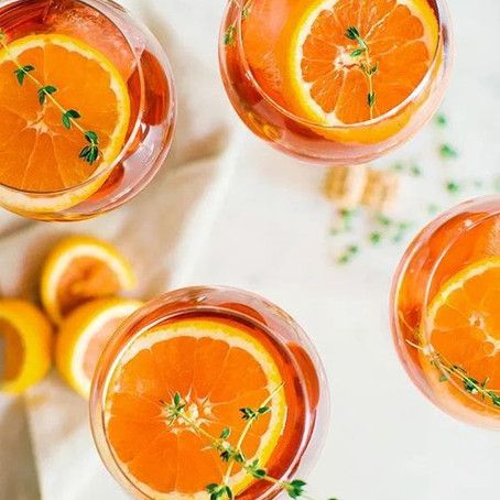 Aperol Spritz; My Summer Entertaining Drink of Choice