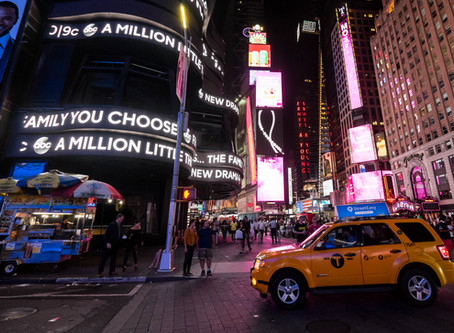 [Photos] Times Square, around midnight