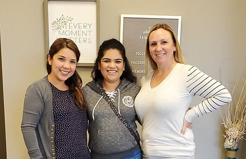 Kindred Surrogacy case managers with surrogate