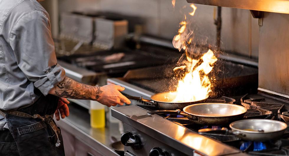 chef-cook-fire1-w.jpg