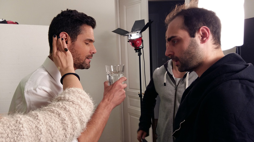 Dimitris Ougarezos, showman during shooting