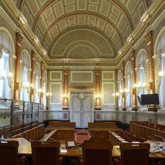 RESTAURATION de la salle des assises du Palais de Justice de Pau