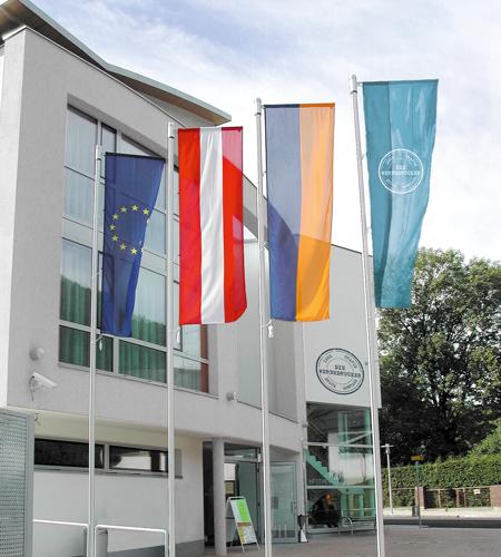 DieWerbedrucker-Auslegermast-Business