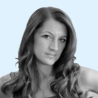 RAVEN COMMUNICATIONS VIENNA - Andrea Koutnik. Unsere Spezialistin für Webseiten, Fotografie, Grafik und Layout