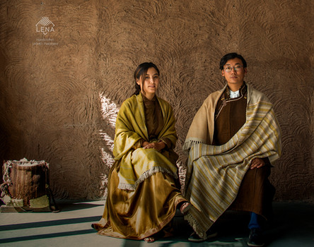 Shawls over the traditional attire (1).j