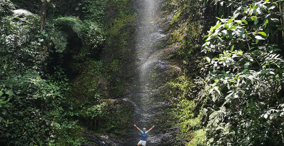 Viajes che - cascadas medio pance-5.jpg