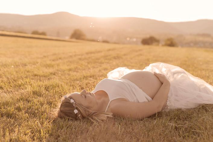 photos de grossesse soleil couchant