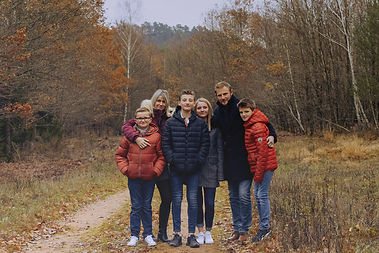 Shooting photo en famille dans la nature