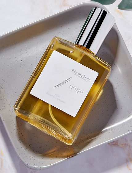 PetroleNoir_Fragrance_s_edited.jpg