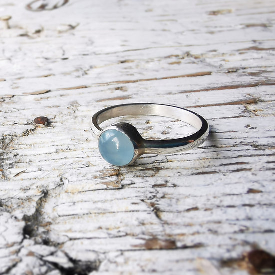 Sterling silver ring with blue agate cabochon