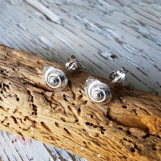 Tiny sterling silver spiral shell studs earrings
