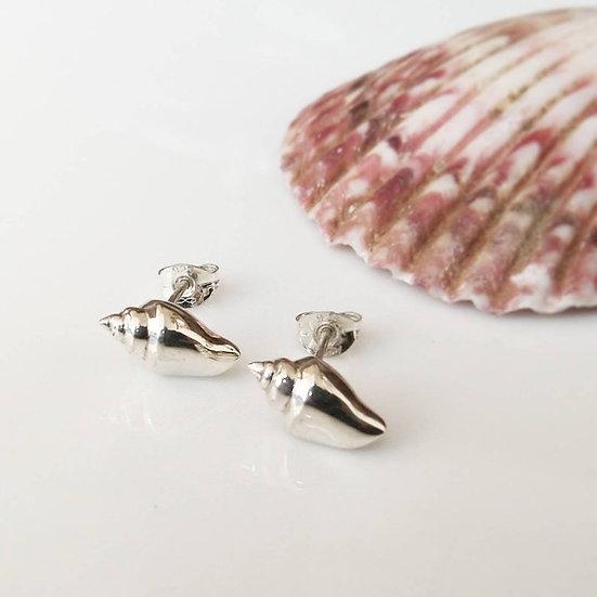 Sterling silver solid shell stud earrings