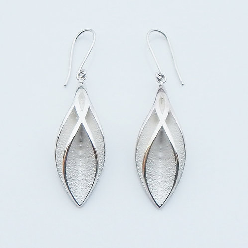 LONG CROSSING EARRINGS