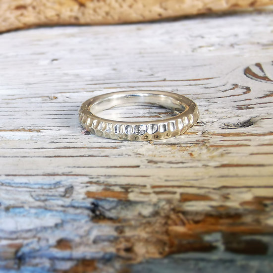 Sterling silver striking textured band UK size J and a half