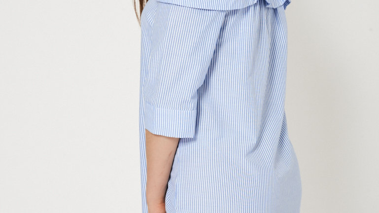 DROPSLEEVE COLD DRESS UNBRANDED IN BLUE/WHITE STRIPED