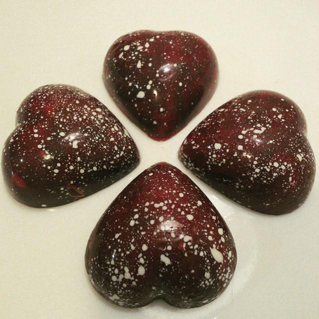 Corações de chocolate amargo 50%