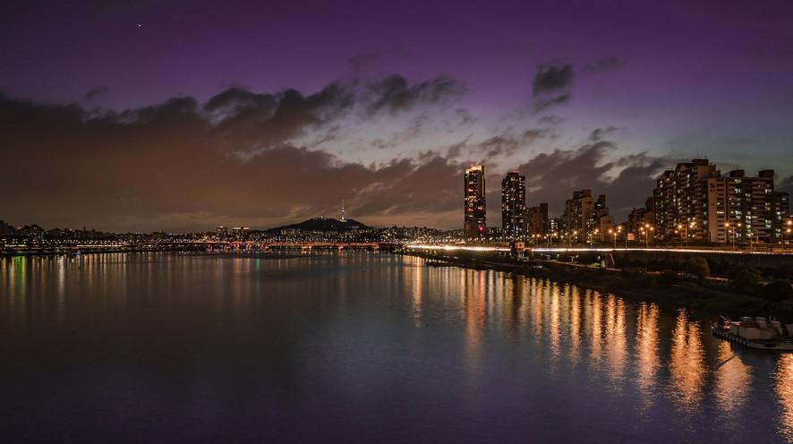 Seoul Sky_night view.jpg