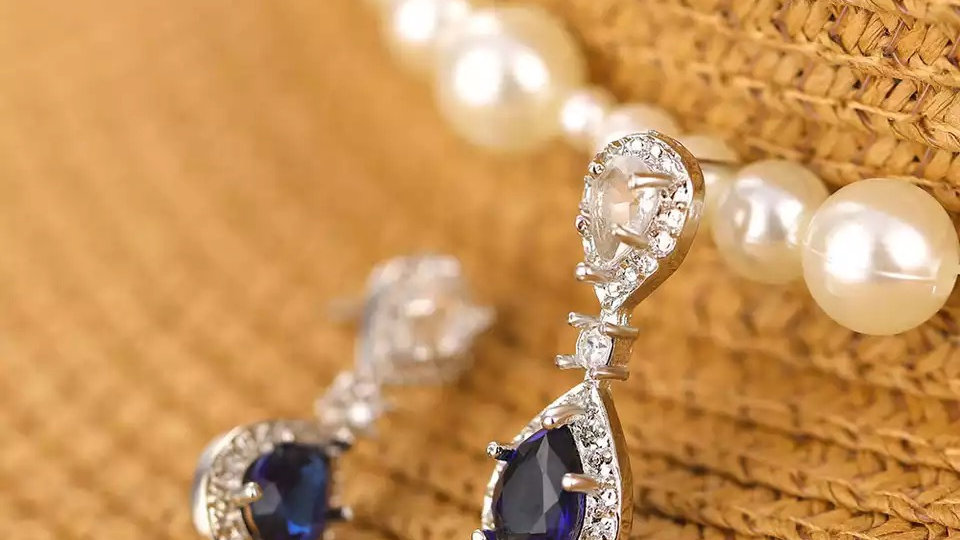 Blue small bridal earring