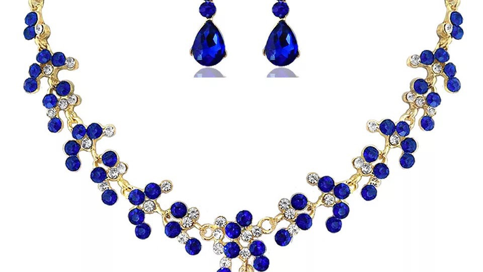 Gold and blue necklace set