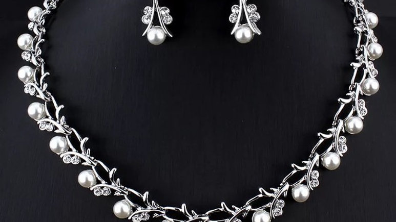 silver pearl necklace set
