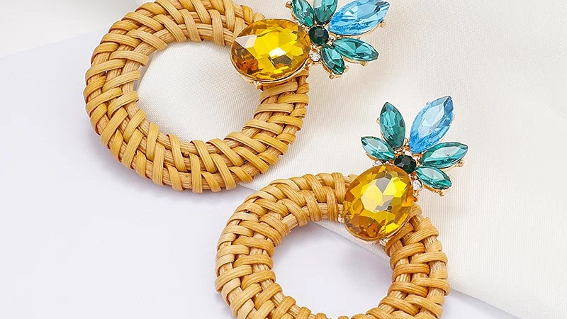 Woven earrings