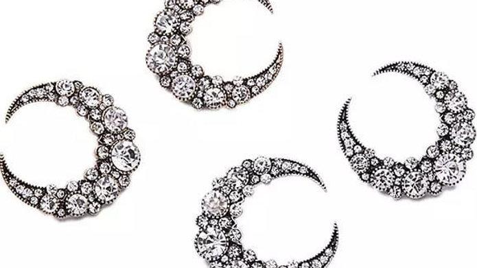 Gold stud vintage earrings