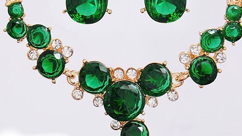 Green and gold earring set