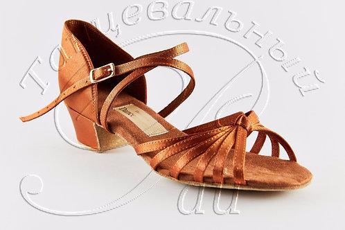 Рейтинговые туфли с узелком