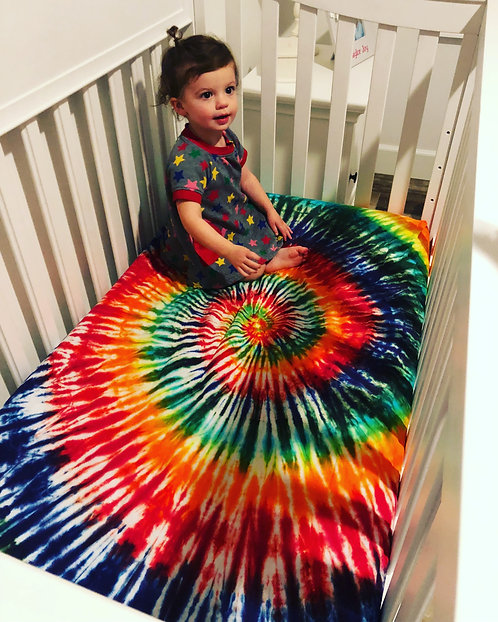 Tie dye infant crib sheet @StarhawkDesignStudio