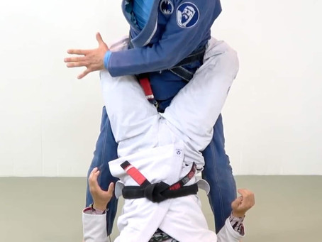 STANDING TO OPEN A CLOSED GUARD