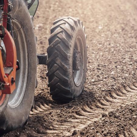 QUESTION ECRITE : IMMATRICULATION DES REMORQUES AGRICOLES