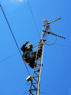 Reparacion de antena comunitaria