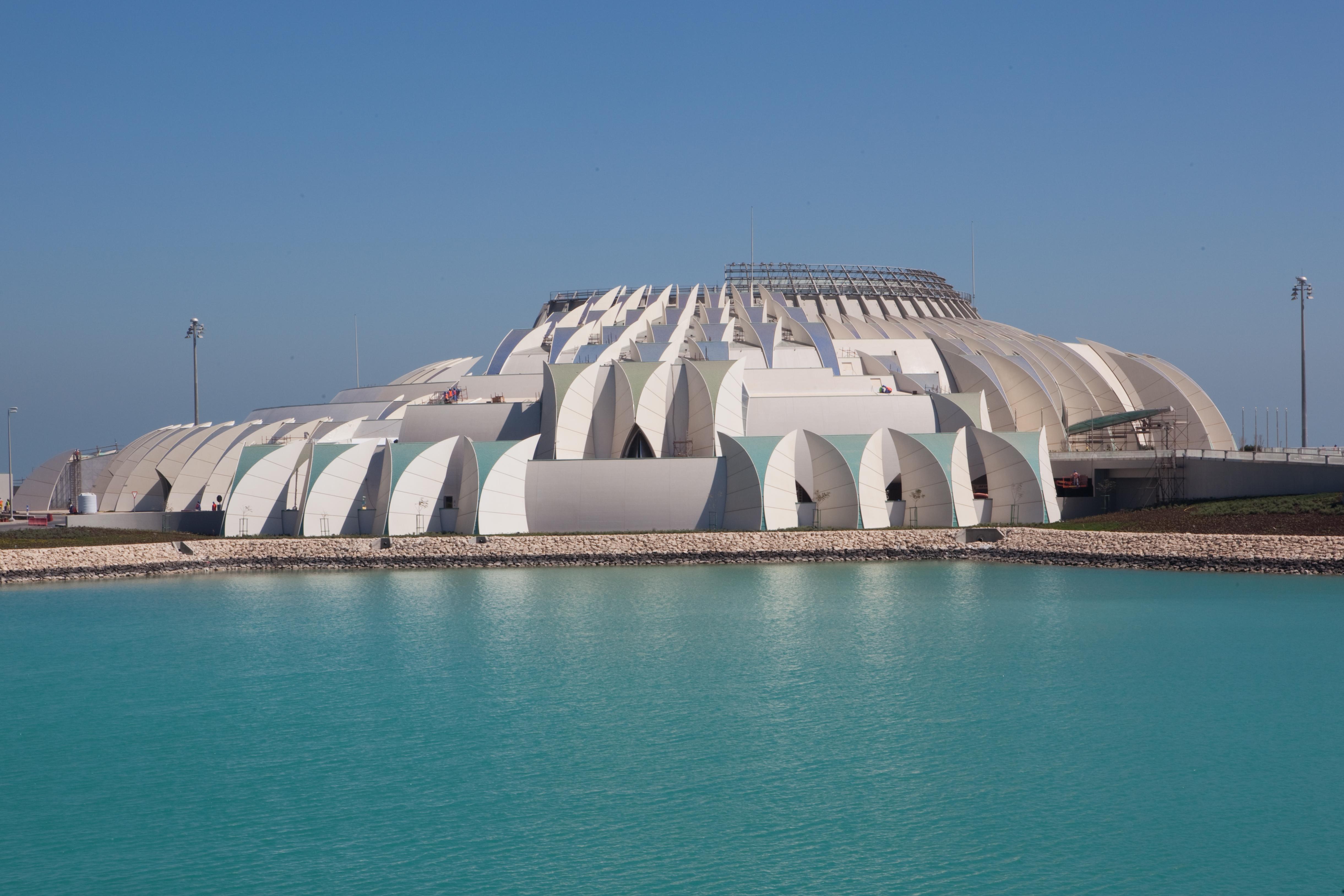 the-emiri-terminal-reminiscent-of-nautical-sails