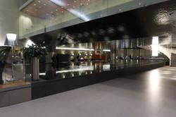 Qatar-Airways-Al-Mourjan-Business-Class-Lounge-Doha-1