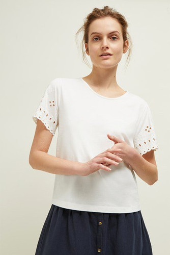 j6lay-womens-cr-milk-bali-embroidery-top