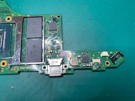 任天堂Switchの水没処理やってます♪《iPhone 修理 パソコン 修理 高岡》