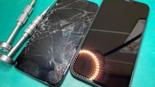 パネル割れ直してガラスコーティング♪《iPhone修理 パソコン修理 高岡》