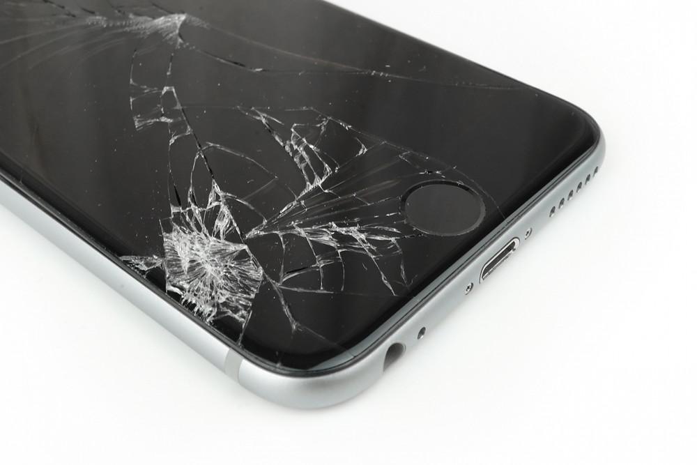 iPhone画面交換のAパネルとBパネルについて