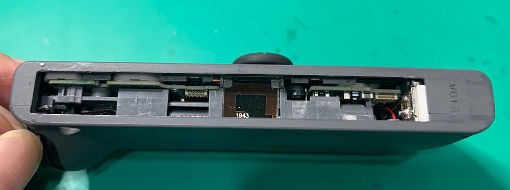 ニンテンドースイッチのジョイコンが充電できないor認識しない?スライドレール(スライダー)交換