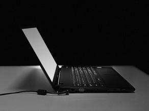 《ノートパソコン修理 富山》ノートパソコンのヒンジ故障はVIT-SHOPにご相談ください